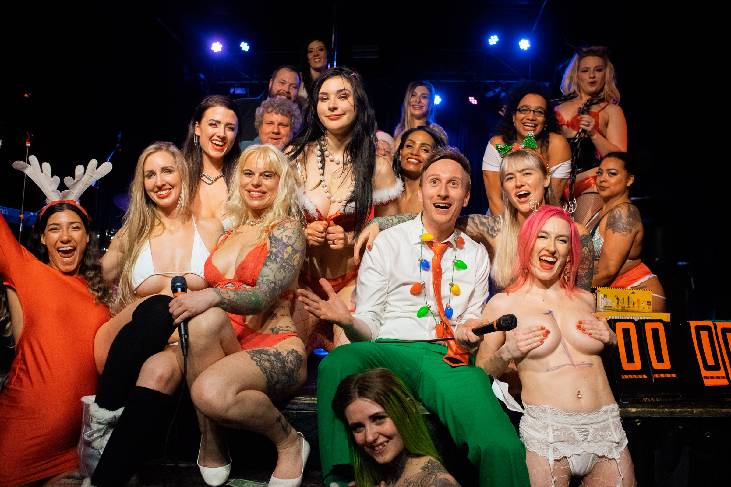 """Tatas for Toys"" 2019 fundraiser charity strippers portland pdx oregon Dante's live Aaron Ross comedian Toxic dancers Xmas holidays benefit comedy funny party Doernbecher wild sexy hot babes"
